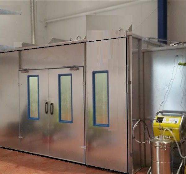 large spray booths-2